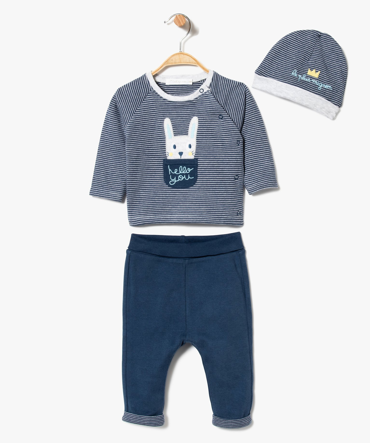 Ensemble 3 pièces : pantalon, sweat et bonnet
