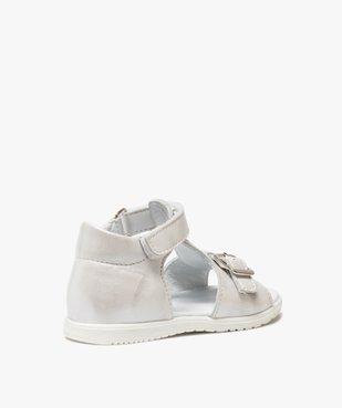 Sandales bébé fille unies en cuir avec reflets irisés vue4 - GEMO(BEBE DEBT) - GEMO