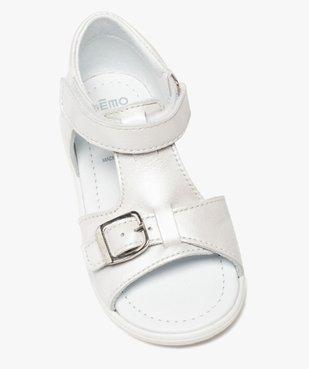 Sandales bébé fille unies en cuir avec reflets irisés vue5 - GEMO(BEBE DEBT) - GEMO