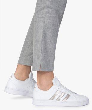 Baskets femme détails métallisés – Adidas Grand Court Base vue1 - ADIDAS - Nikesneakers