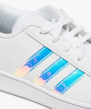 Baskets femme à bandes irisées – Adidas Grand Court K vue6 - ADIDAS - Nikesneakers