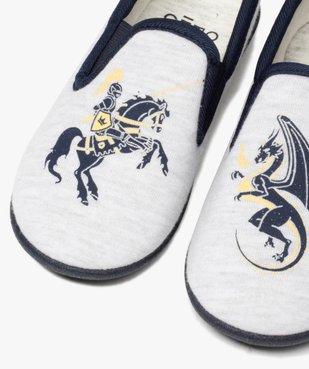 Chaussons garçon imprimés dragon et chevalier vue1 - Nikesneakers C4G GARCON - Nikesneakers