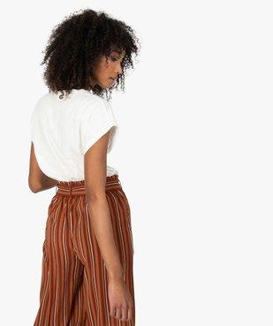 Tee-shirt femme à manches courtes avec motif fleuri vue3 - Nikesneakers C4G FEMME - Nikesneakers