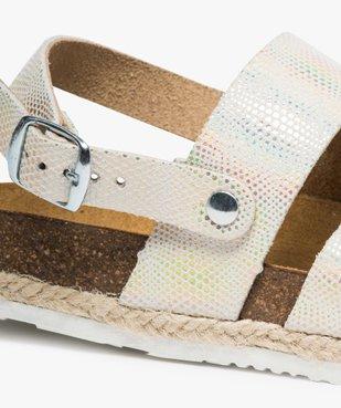 Sandales fille en cuir brillant fermeture à boucle vue6 - GEMO (ENFANT) - GEMO