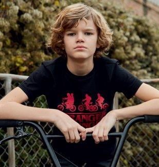 Tee-shirt garçon avec motif contrastant – Stranger Things vue4 - STRANGER THINGS - GEMO