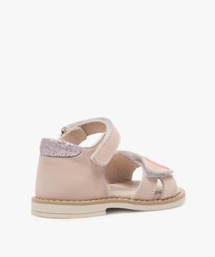 Sandales bébé fille avec motifs coeurs sur le dessus vue4 - GEMO(BEBE DEBT) - GEMO