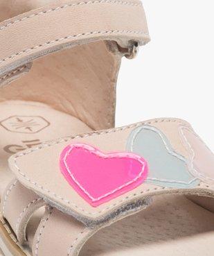 Sandales bébé fille avec motifs coeurs sur le dessus vue6 - GEMO(BEBE DEBT) - GEMO