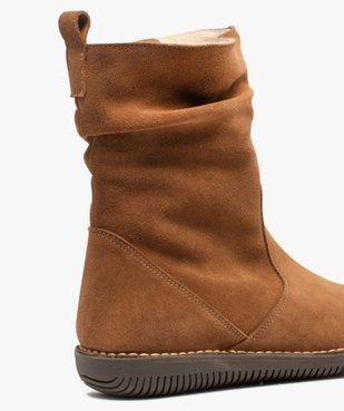 Boots fourrées femme à talon plat dessus cuir retourné uni vue6 - GEMO (CASUAL) - GEMO