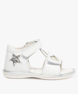 Sandales bébé fille en cuir avec étoiles et cœur vue1 - GEMO(BEBE DEBT) - GEMO