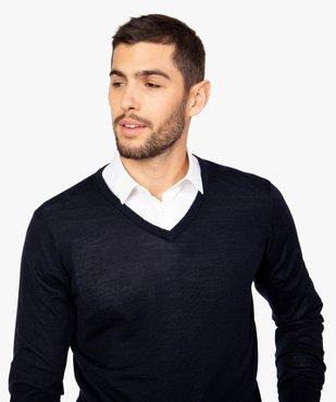 Pull homme en laine fine Mérinos avec col V vue2 - GEMO (HOMME) - GEMO