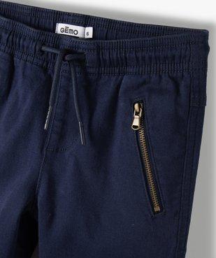 Pantalon garçon avec empiècements surpiqués aux genoux vue2 - GEMO C4G GARCON - GEMO